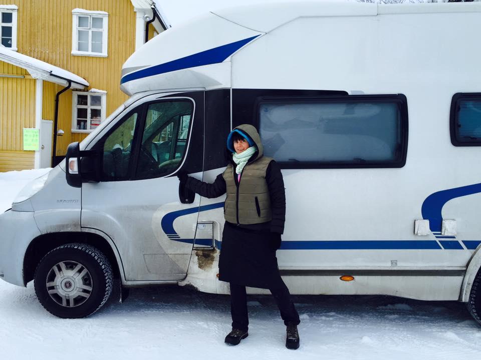 Husbil i vinterskrud