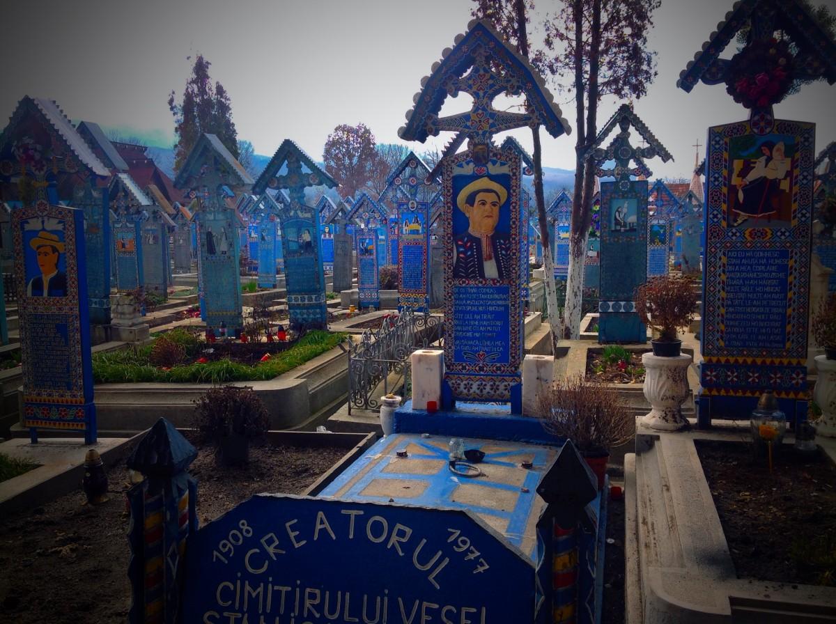 Săpânţa, den glada kyrkogården. Dynamisk folkkultur.