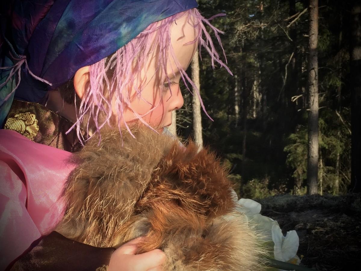 Sagoinspelning i urskogen för Måndagsbarn.