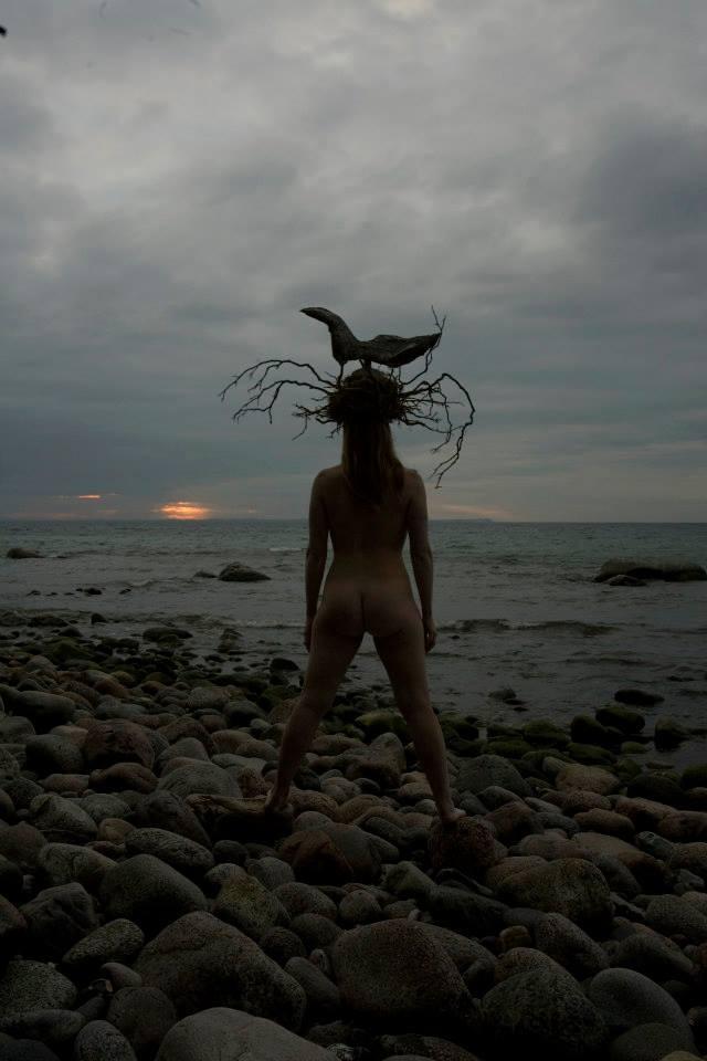Malin Skinnar och Annika Lykta skapade Human  Landart
