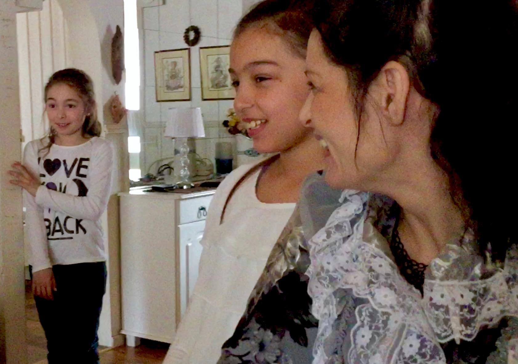 Jag är hemma hos Leena med Angelica