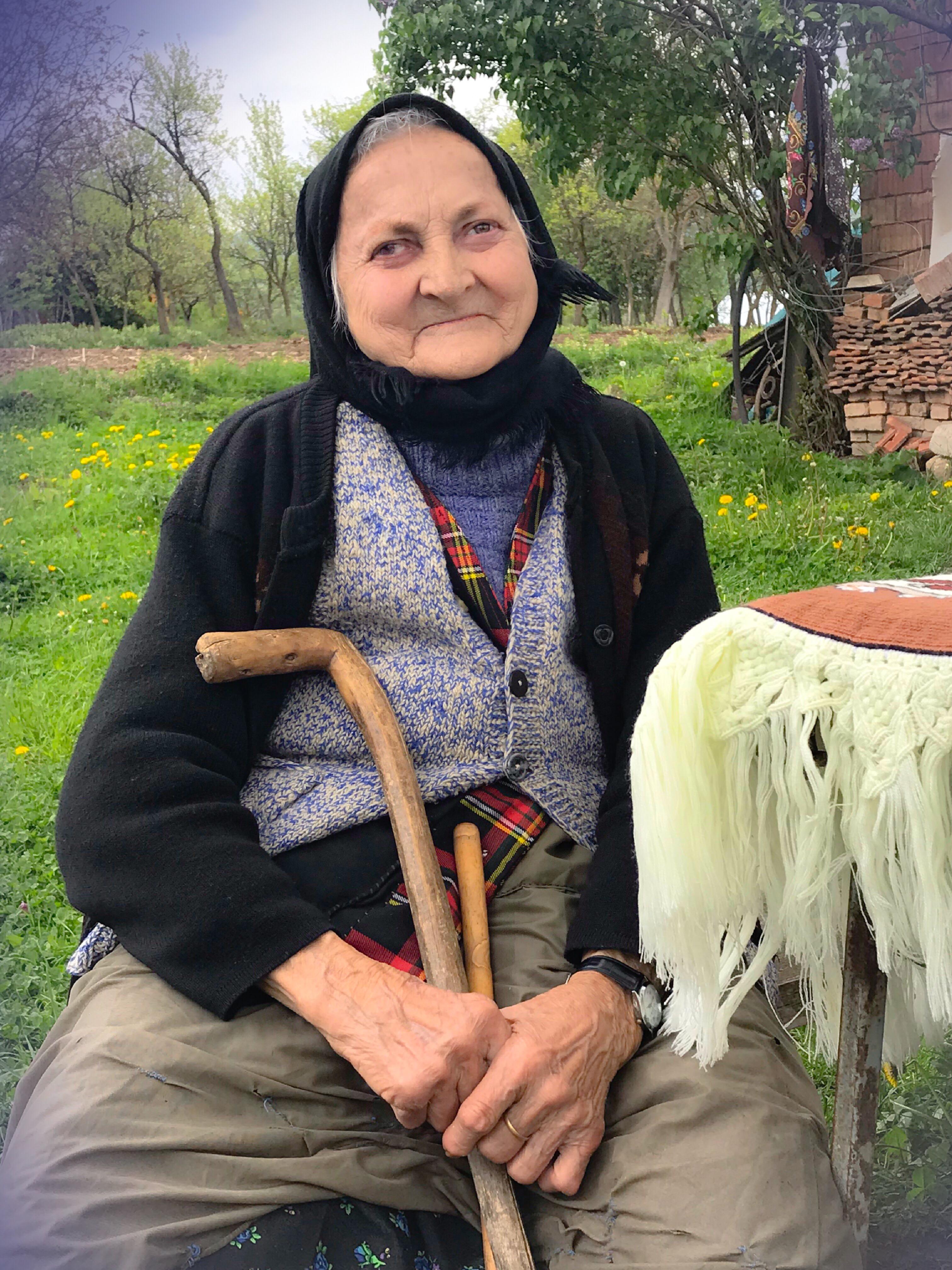 Portrait Viorica Heres - Cupseni, Romania, Lelea Viorica Heres, Taralapusului