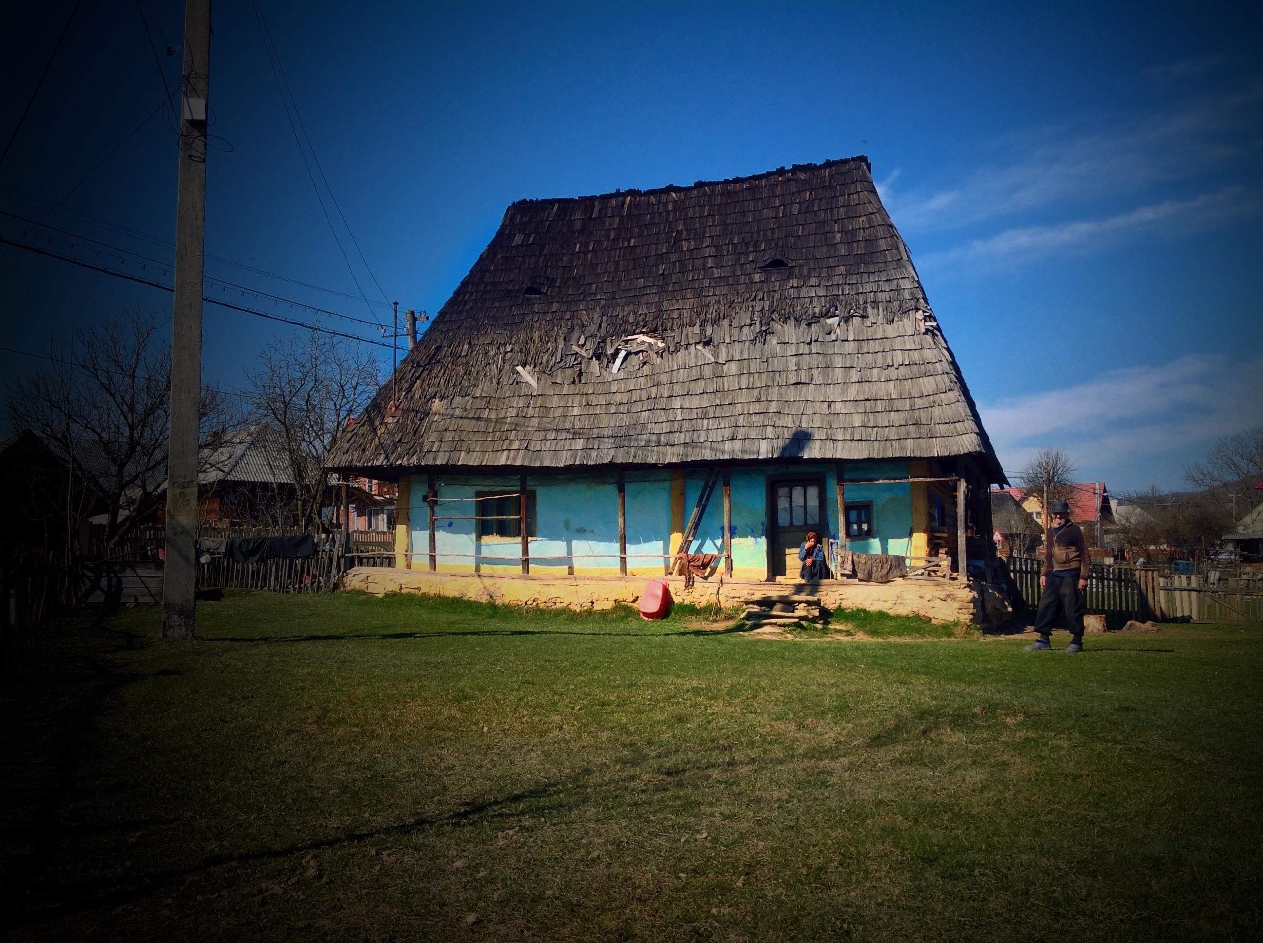 Cupseni, the blue house, Tara Lapusului, Romania
