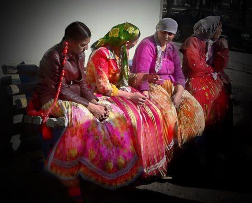 Romani women in Transylvania, Romania